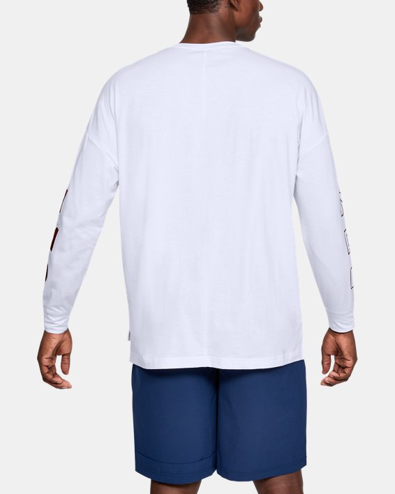 Men's UA Moments Long Sleeve, White, pdpMainDesktop image number 3