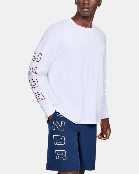 Men's UA Moments Long Sleeve, White, pdpMainDesktop image number 2