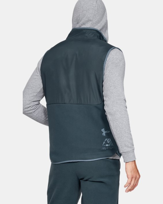 Men's UA Always On Polar Fleece Vest, Gray, pdpMainDesktop image number 2