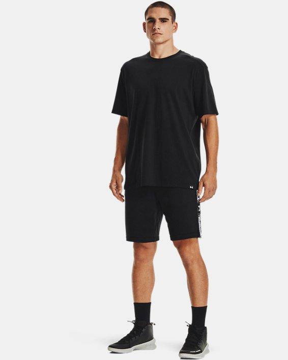 Men's UA Baseline Essential T-Shirt, Black, pdpMainDesktop image number 0