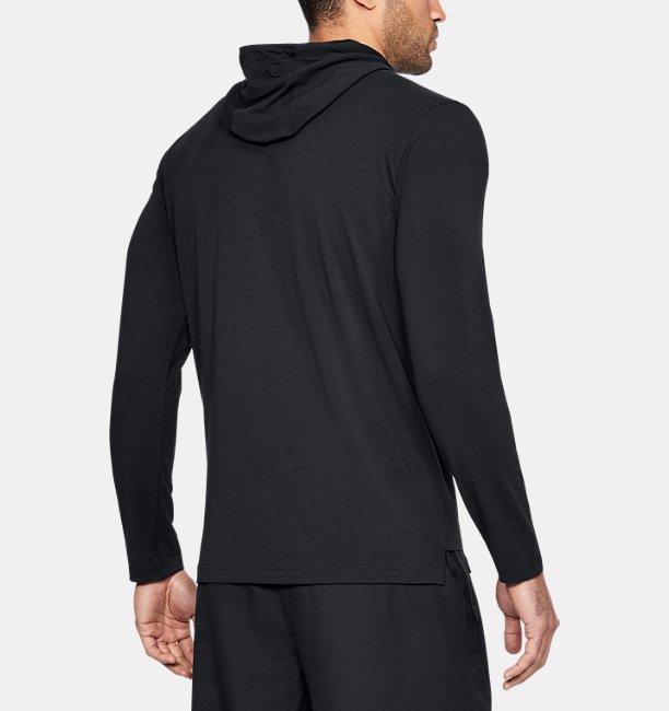 herren sc30 langarm t shirt mit kapuze under armour de. Black Bedroom Furniture Sets. Home Design Ideas
