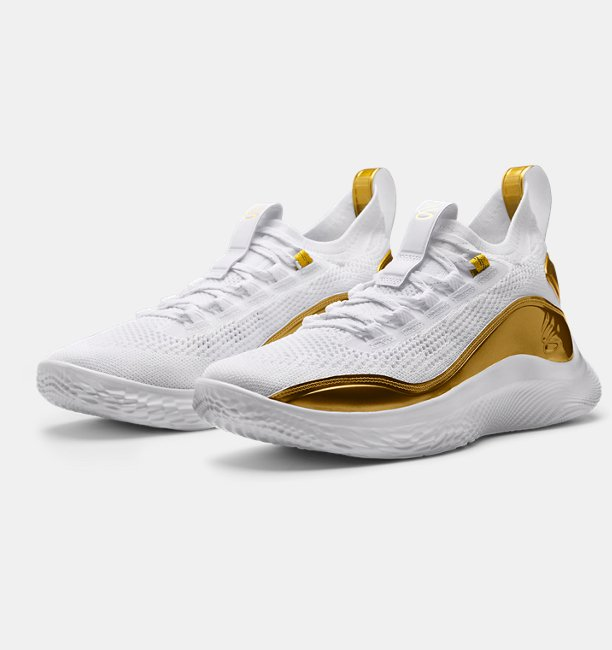 CURRY 8 GOLDEN