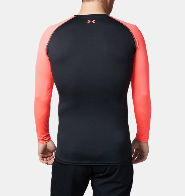 UA Coolswitch Fitted LS V-Neck