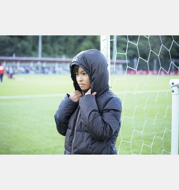 UAブリリアンス ボリューム パッファ― ジャケット(トレーニング/GIRLS)