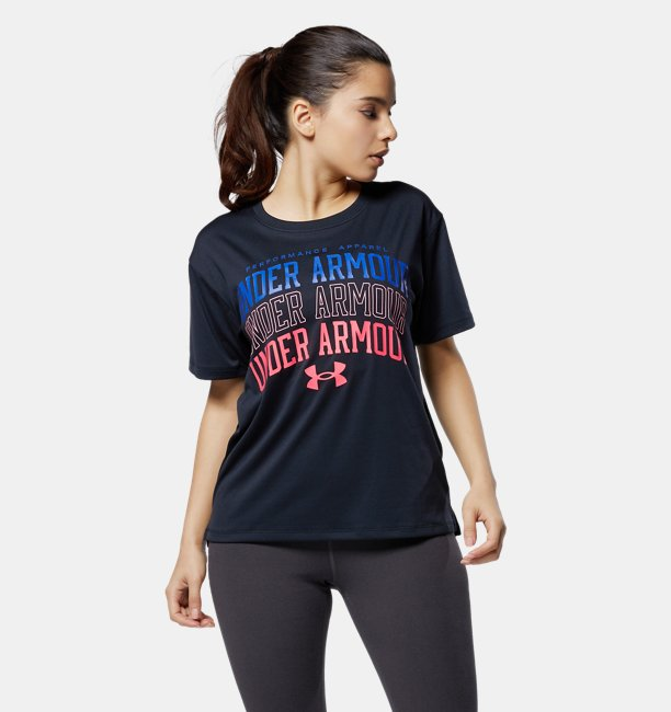 UAテキストロゴ Tシャツ(トレーニング/WOMEN)