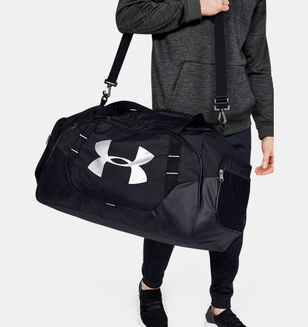 e3dcabedef Sac de sport UA Undeniable 3.0 Large pour homme | Under Armour FR