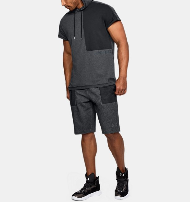 Mens UA Pursuit Short Sleeve Hooded T-Shirt