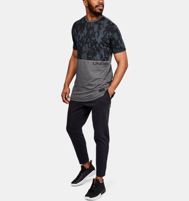 Mens UA Pursuit Printed T-Shirt