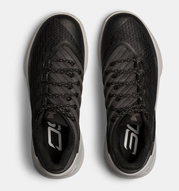15c8cc7d942 Boys  Grade School UA Curry 3 Low Basketball Shoes