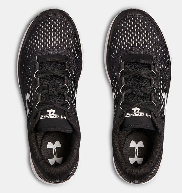 Sepatu Lari UA Charged Bandit 4 Team untuk Pria