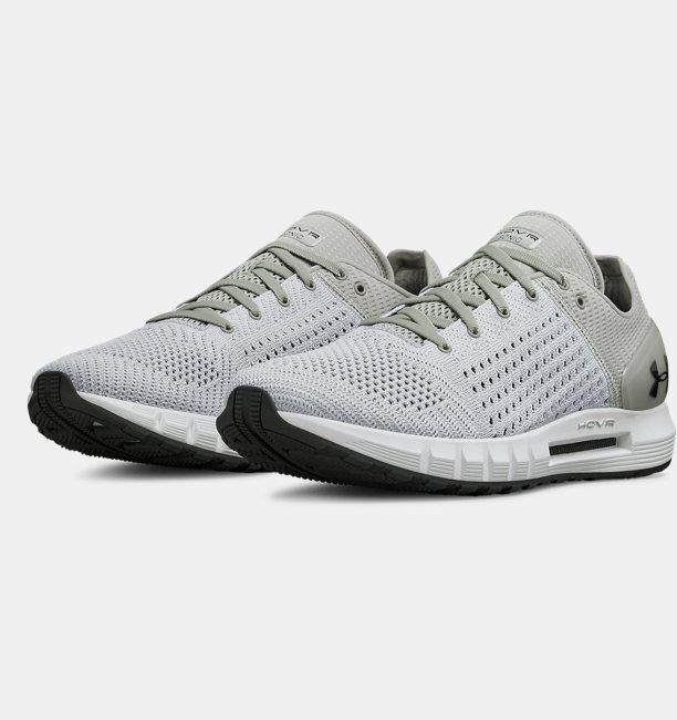 Sepatu Lari UA HOVR Sonic untuk Pria