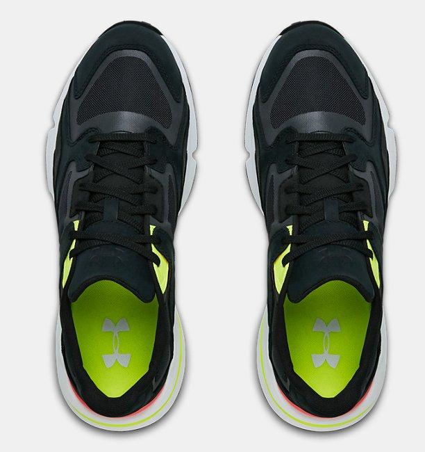 Sepatu UA Forge 96 OG Sportstyle untuk Pria dan Wanita