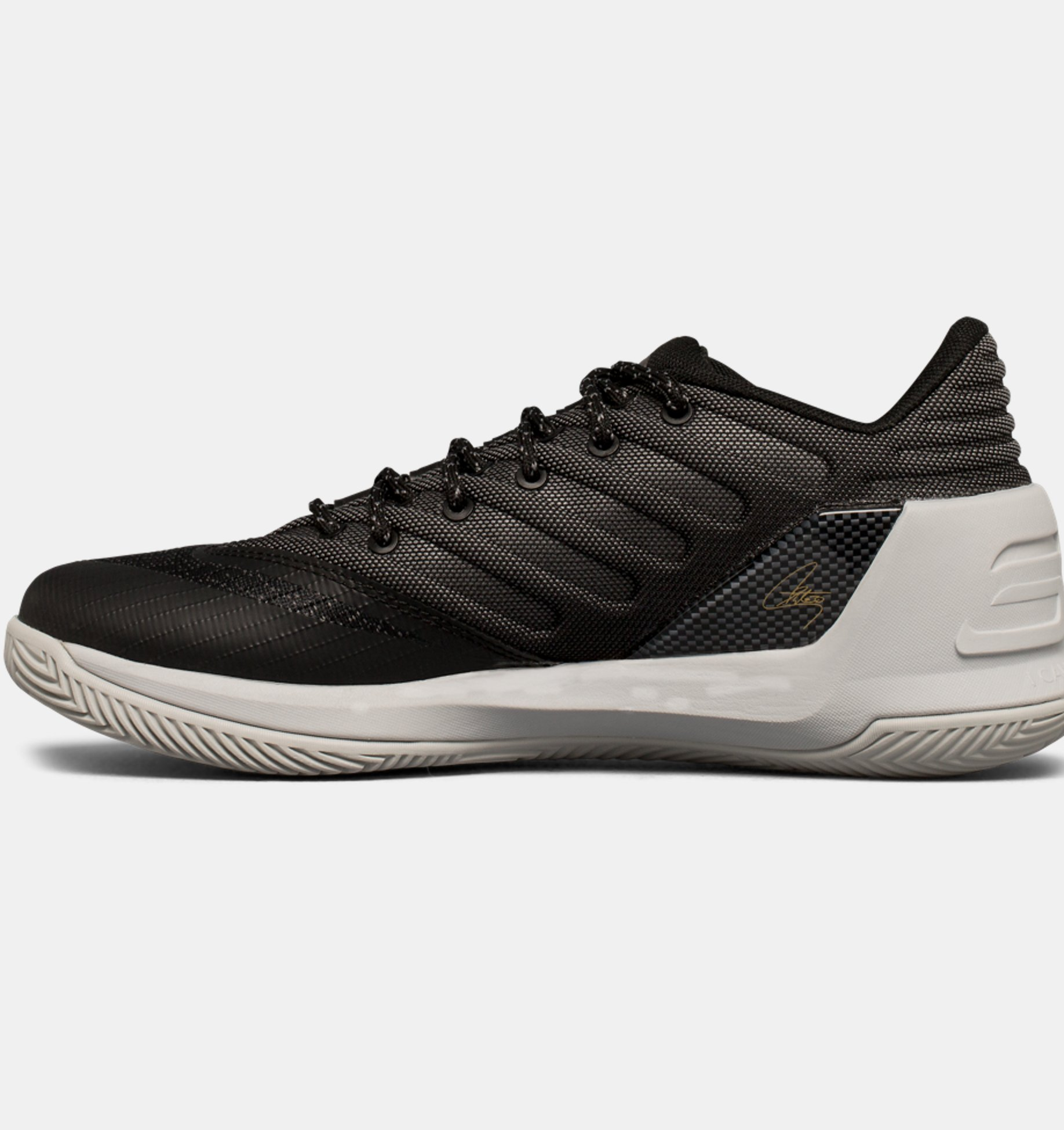 dcf867e9bc4f ... Boys  Grade School UA Curry 3 Low Basketball Shoes ...